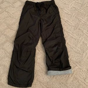 GAP BOYS JOGGER PANTS SIZE 4